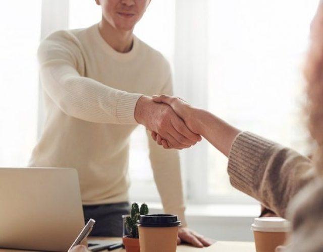 https://sscpa.com.au/wp-content/uploads/2021/08/Buying-a-Business-640x500.jpg